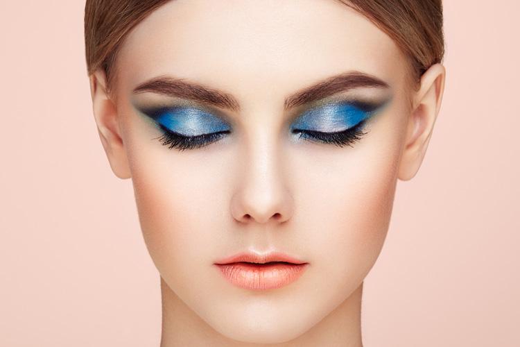 Il blush contouring è uno dei make up trend 2017: scopriamo di più