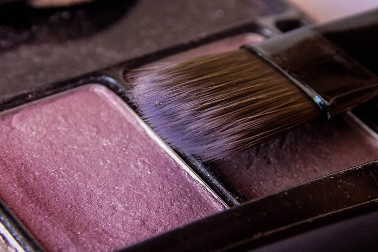 Come mettere il blush: cosa sapere in 4 tips
