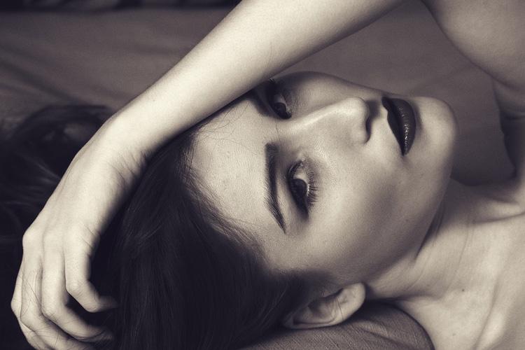 Siero viso con acido ialuronico: c'è un segreto di bellezza da non perdere