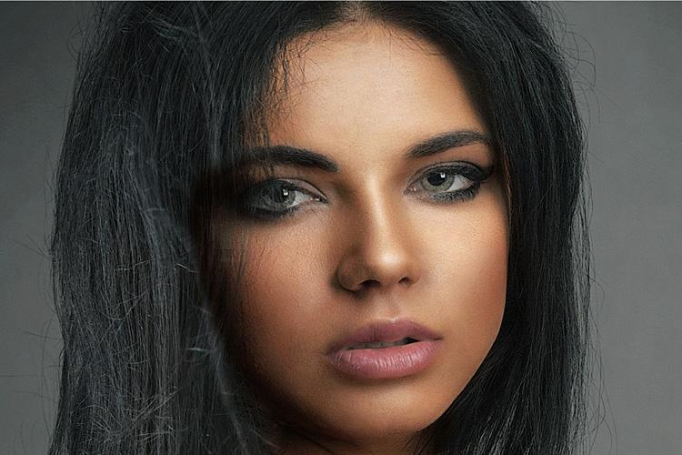 Trucco occhi verdi: 4 suggerimenti per chi vuole giocare col make up
