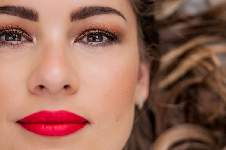 Obiettivo ingrandire: come truccare gli occhi piccoli in 5 mosse
