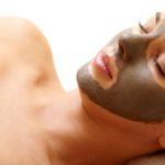 Come applicare la maschera viso