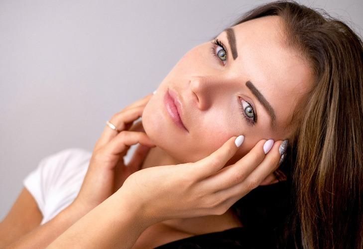 Idratare la pelle: 3 consigli per prendersi cura della cute dopo il sole