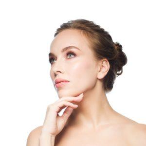 Siero viso anti-age: perché è importante utilizzarlo e il prodotto top