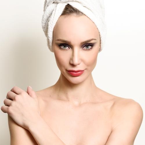 Come ottenere occhi più allungati con il make-up
