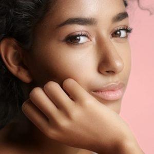 A ogni tipologia di pelle il suo make-up: come truccare la pelle olivastra