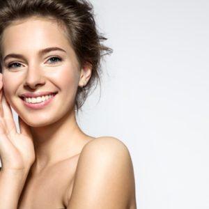 Come truccare un viso tondo: i segreti per valorizzarlo