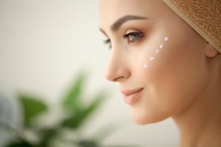 Prodotti riequilibranti per il viso
