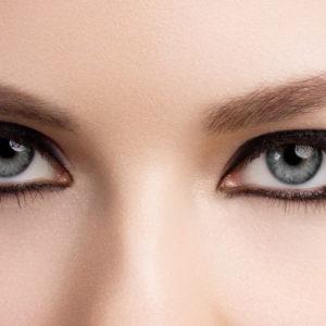 Eyeliner: come applicarlo sotto gli occhi in pochi step