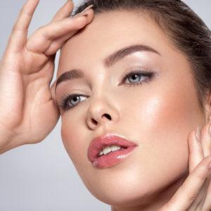 Il primer viso ti allunga…il make up
